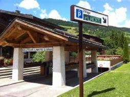 parking du village