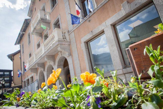 bac à fleurs mairie